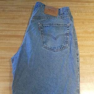 Vintage Levi 550 Mens Jean Denim Shorts Size 36